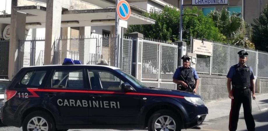 Provoca vasto incendio nell'Ennese: 40enne arrestato dai carabinieri