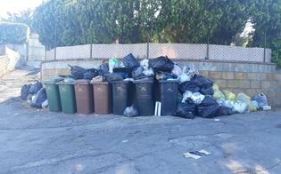 Caltanissetta, tra villette e natura tornano i rifiuti in via Mulè. La protesta dei residenti