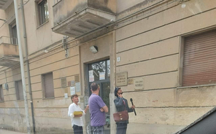 https://www.seguonews.it/a-caltanissetta-arriva-un-postino-di-ce-posta-per-te-avvistato-in-viale-della-regione