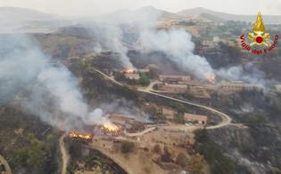 https://www.seguonews.it/pergusa-assediata-dalle-fiamme-lincendio-distrugge-due-aziende-agricole