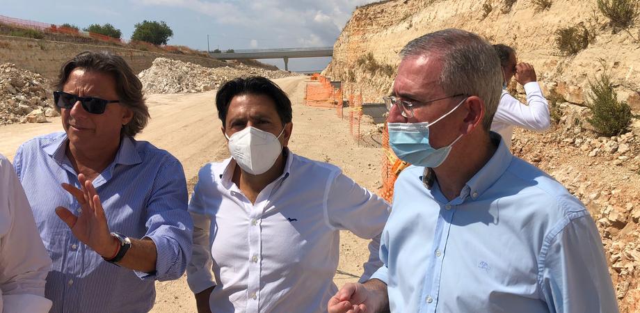 """Autostrada Siracusa-Gela, Falcone in visita al cantiere Ispica-Modica: """"Finire nuova tratta nel 2022"""""""