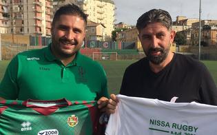 https://www.seguonews.it/scambio-di-doni-tra-la-nissa-rugby-e-sancataldese-calcio-due-eccellenze-sportive-del-nisseno
