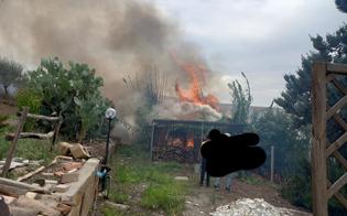https://www.seguonews.it/caltanissetta-rogo-di-sterpaglie-in-contrada-xirbi-a-fuoco-una-casa-e-due-auto