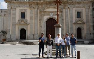 San Cataldo. Fioriere e dissuasori in piazza Madrice, Scarantino e Raimondi: