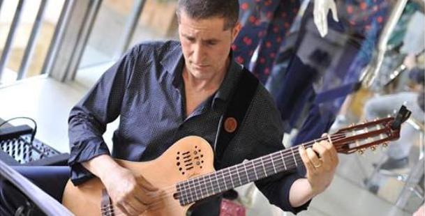 Fabio Maida e la sua chitarra