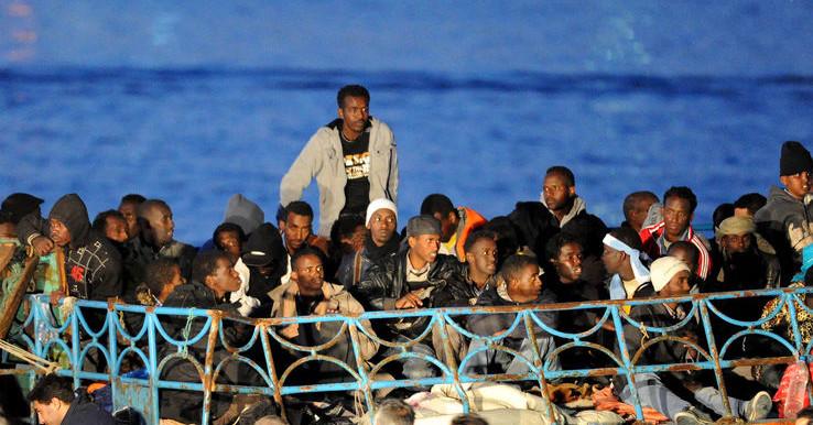 Immigrati, nuova tragedia nel Canale di Sicilia: 6 morti$