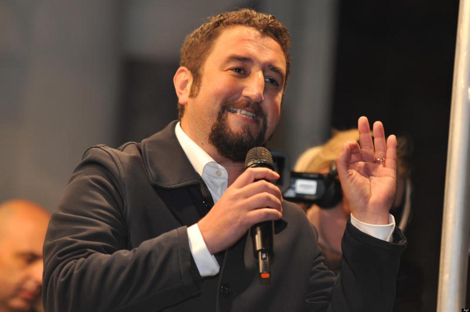 Ars i parlamentari del m5s firmano la rinuncia alla for I parlamentari