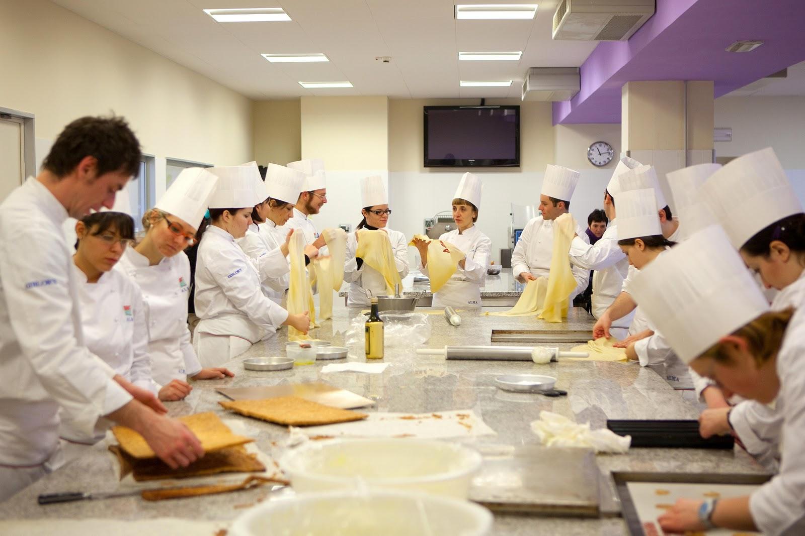 gli studenti diventano chef gara itinerante di cucina in sicilia il 23 aprile tappa nissena ecco come partecipare seguo news