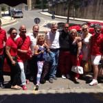 I ferraristi con Bonfanti e il sindaco di San Cataldo nella scorsa edizione dell'evento