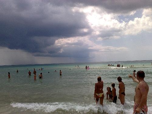temporale-spiaggia.jpg (500×375)
