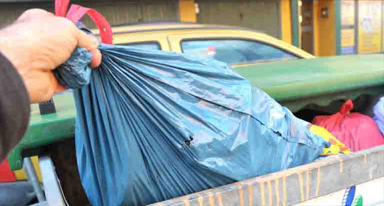 caltanissetta conferimento rifiuti e differenziata ieri